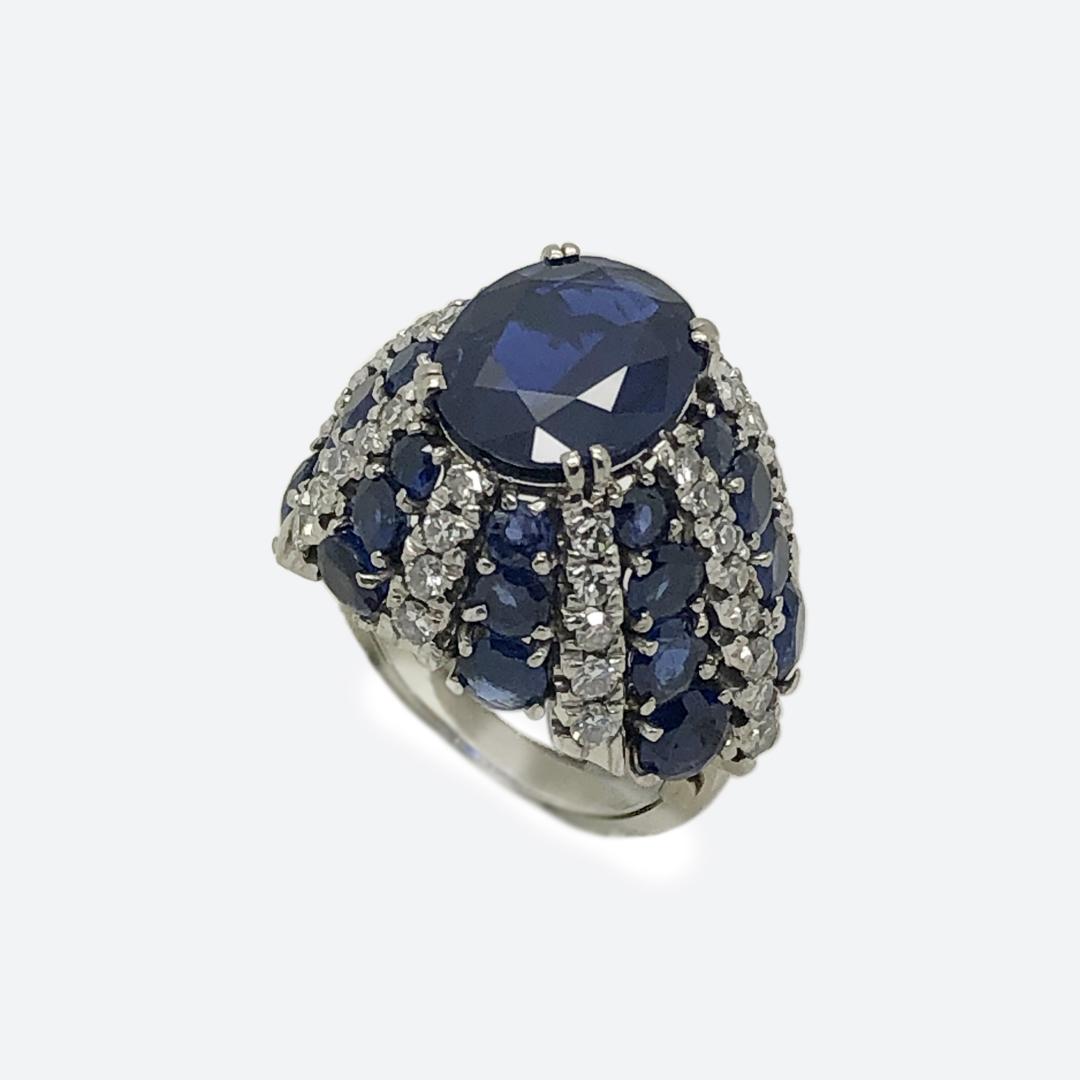 Diamond and sapphire trombino ring