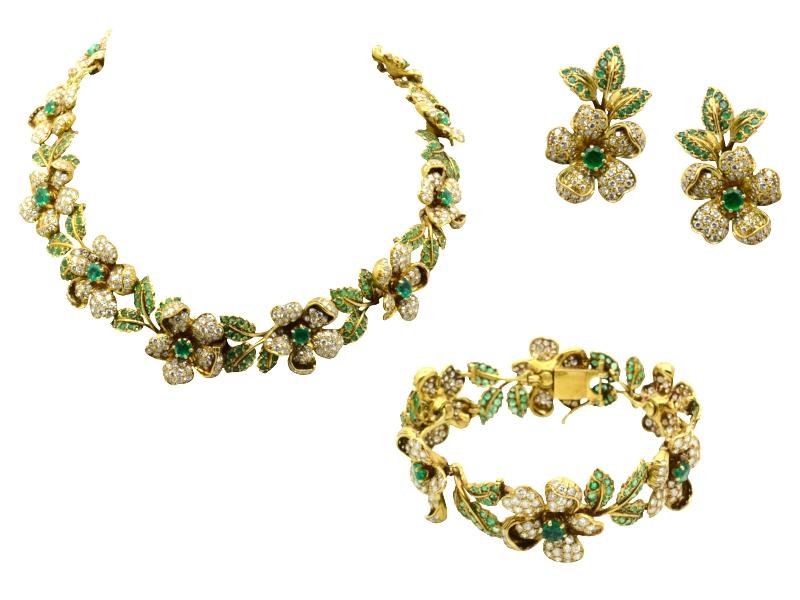 Flower emerald and diamond set