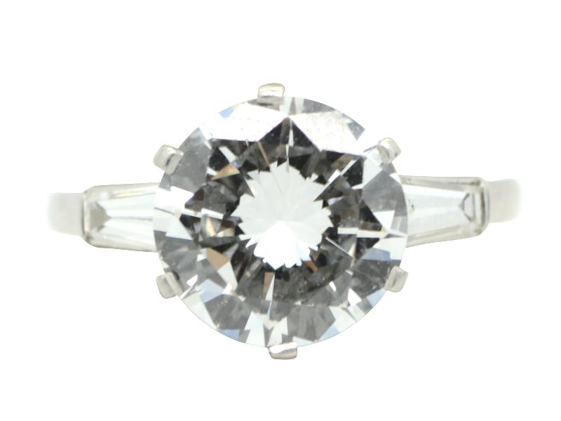 Bulgari round cut diamond ring