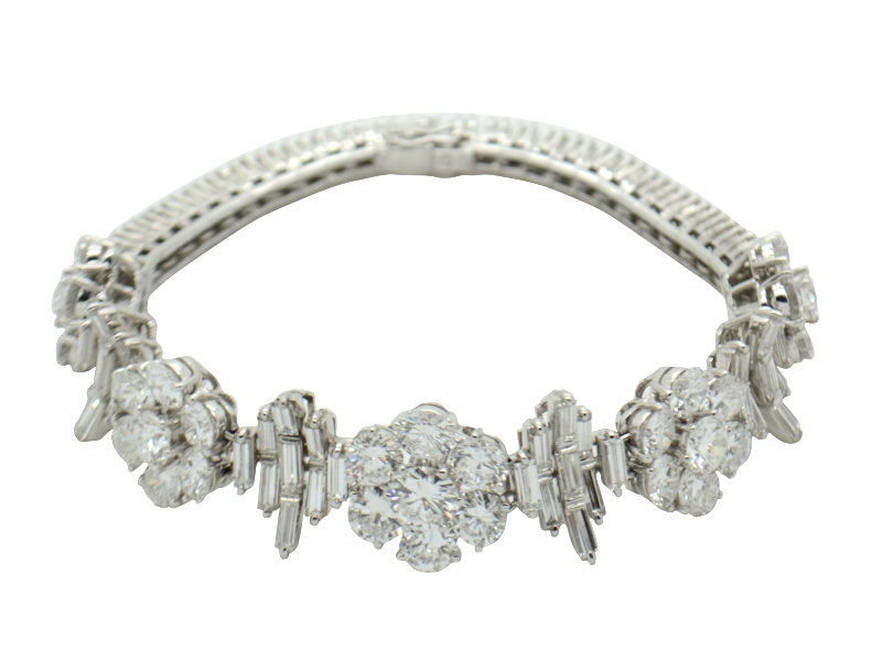 Massoni flower diamond bracelet